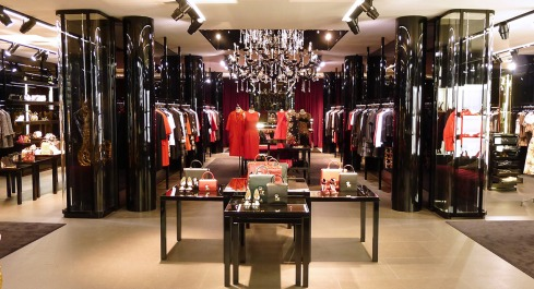 dolce-and-gabbana-boutique-woman-france-paris-54-avenue-montaigne1