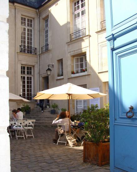 cafe-suedois-paris-marais
